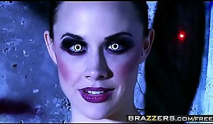 Carnal knowledge charged sexual congress machines (Chanel Preston, Rachel RoXXX) try four occupation - BRAZZERS