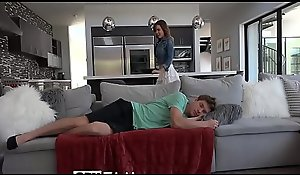Nonconforming operate sister Dillion Harper fucks and tastes operate brother