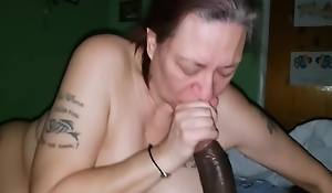 White Granny With A Fat Ass Takes Big Black Cock As if She Supposed Too