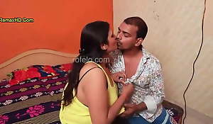 INDIAN Heavy BOOBS AUNTY DOING SEX DAILY FOR MONEY