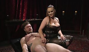 Dutiful guy gets anally fucked off out of one's mind horny mistress