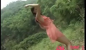 Chinese Cold Gentry Tip Dance