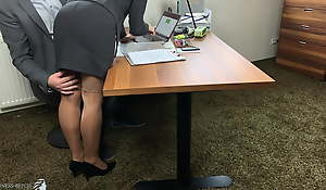 boss uses Grub Streeter and fills all her crevices -projectsexdiary