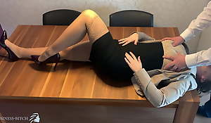 manifold assistant face fucked, deep throat - business-bitch