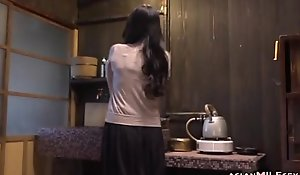 Milf fingering personally having big O on the surprise in the kitchen