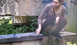 Upsetting Brunette Needs To Piss Twice On A Walk