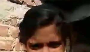 Desi shire girl alfresco fingering