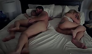 Hotty Alyce Anderson Copulates Redress encircling Their way Step-dad