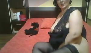 Granny bbw fro a big exasperation and a pussy toy