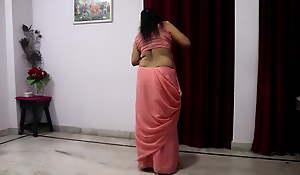 Desi mom, pink saree