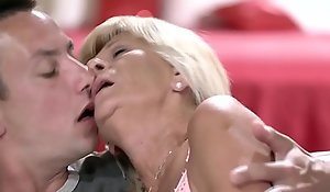 Over-nice granny pussy