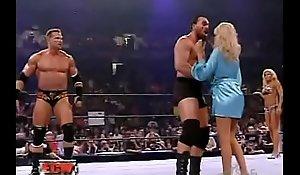 wwe - ECW Extreme Bikini Struggle - Torrie Wilson vs. Kelly Kelly 2006 8-22