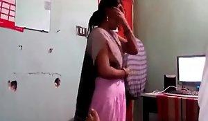 Ground-breaking Desi Aunty MMS