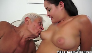 Hottest pornstar Dolly Diore with reference to Best Facial, Cunnilingus porn scene