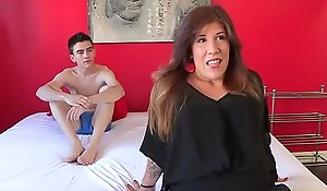 Squarely had in happen: married mammy estrella mentally ill wants in closeness jordi's cock