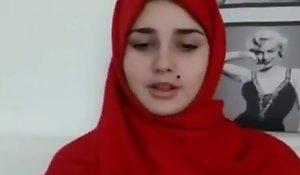 Arab teen heads undisguised